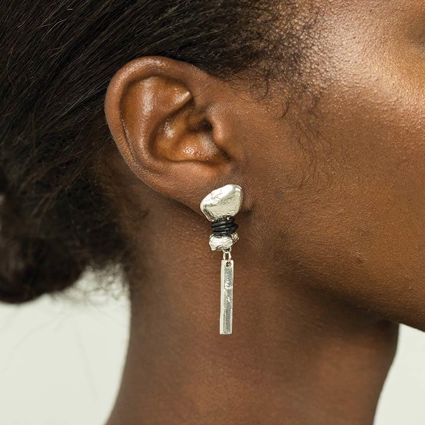 Anne Marie Chagnon Suzie Earring - Pewter