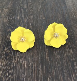 Biwa Canary Yellow Flower Studs