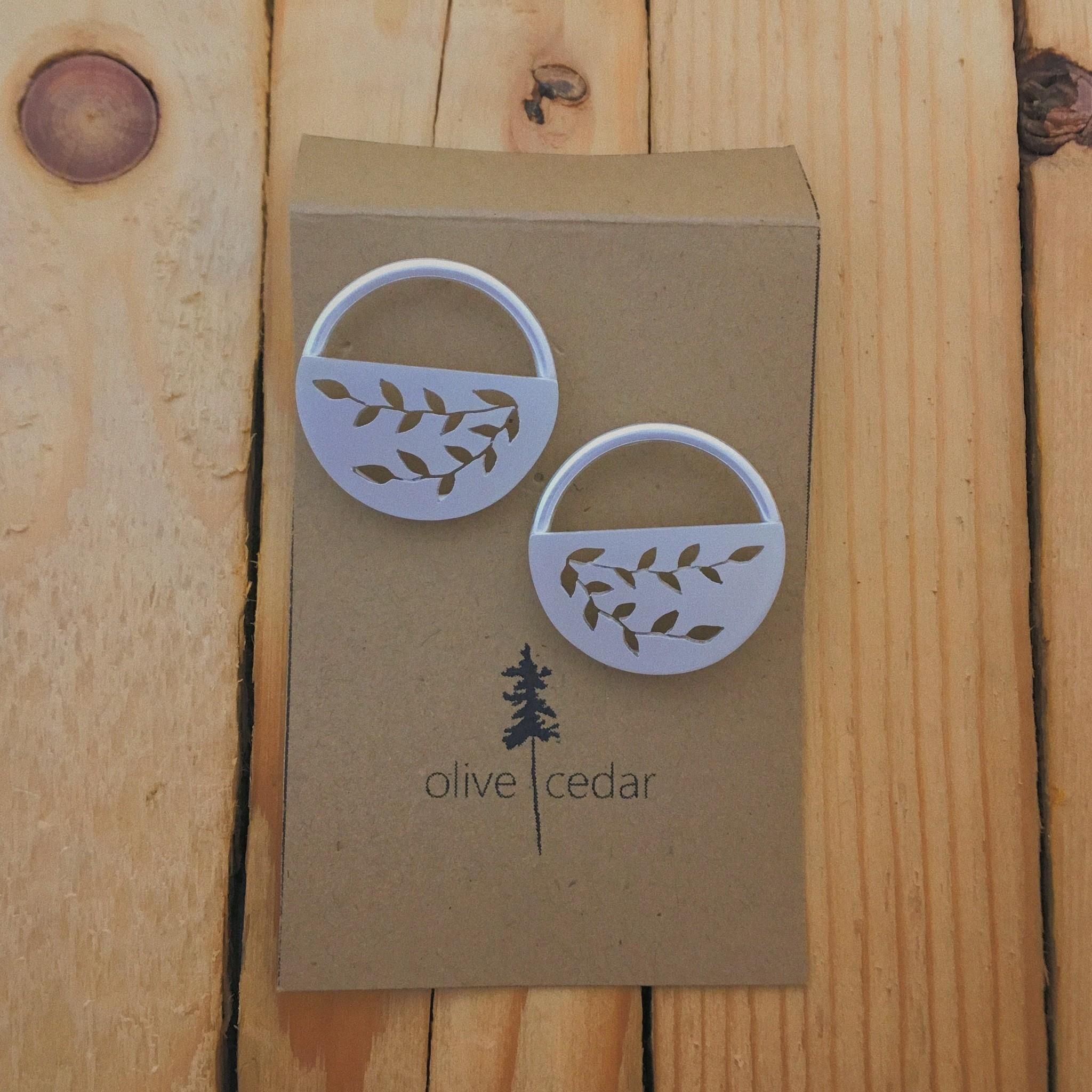 Olive Cedar Half Moon Stud Lrg- Vine