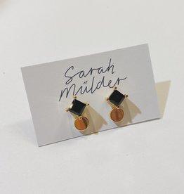 Sarah Mulder Som Stud- Gold // Onyx