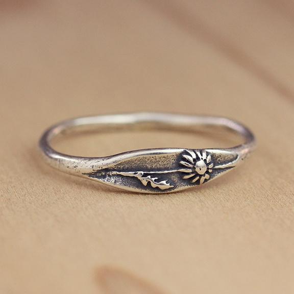 Marmalade Silver Daisy Ring