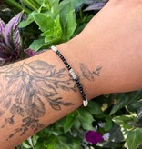 Dianne Rodger Silver Micro Twist Gem Stacker Bracelet- Black Onyx