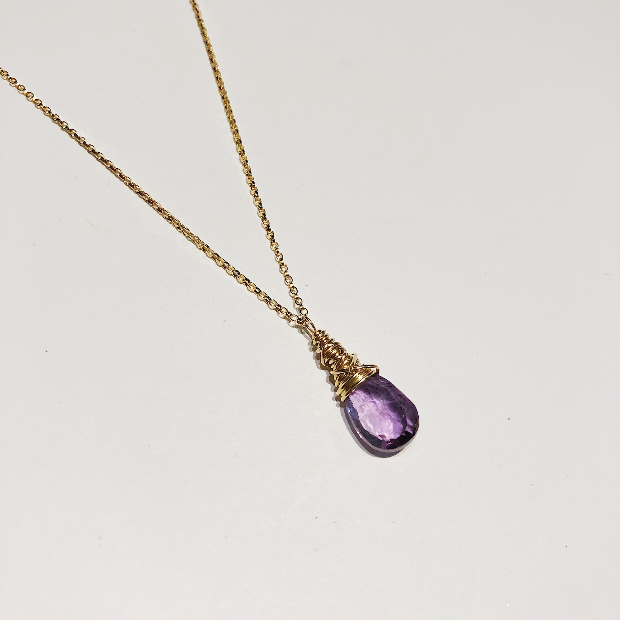 """Dianne Rodger Small Gold Petal Necklace 18""""- Amethyst"""