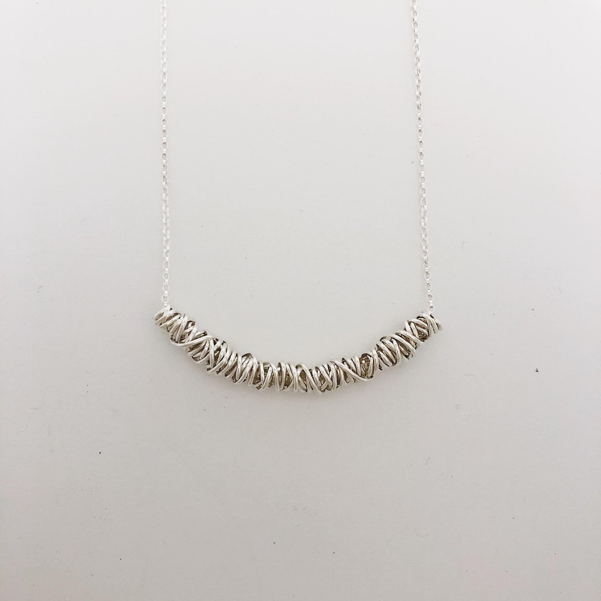 "Dianne Rodger Medium Silver Twist Necklace 17-19"""