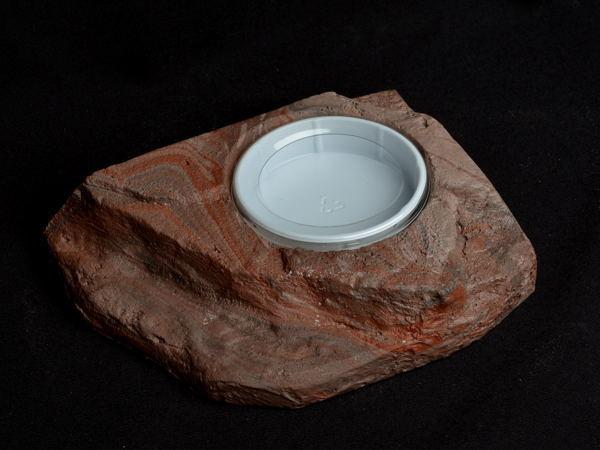 MagNaturals Roche pour nourrir avec petits vers 7.5x6x1.5 - Habi-Scape Small Worm Feeder Rock 7.5x6x1.5