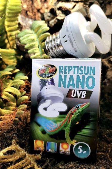 Zoomed Nano UVB