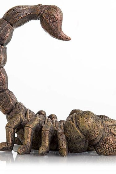 Origins Créature effrayante scorpion 6 X 4.5 X 5.5 po