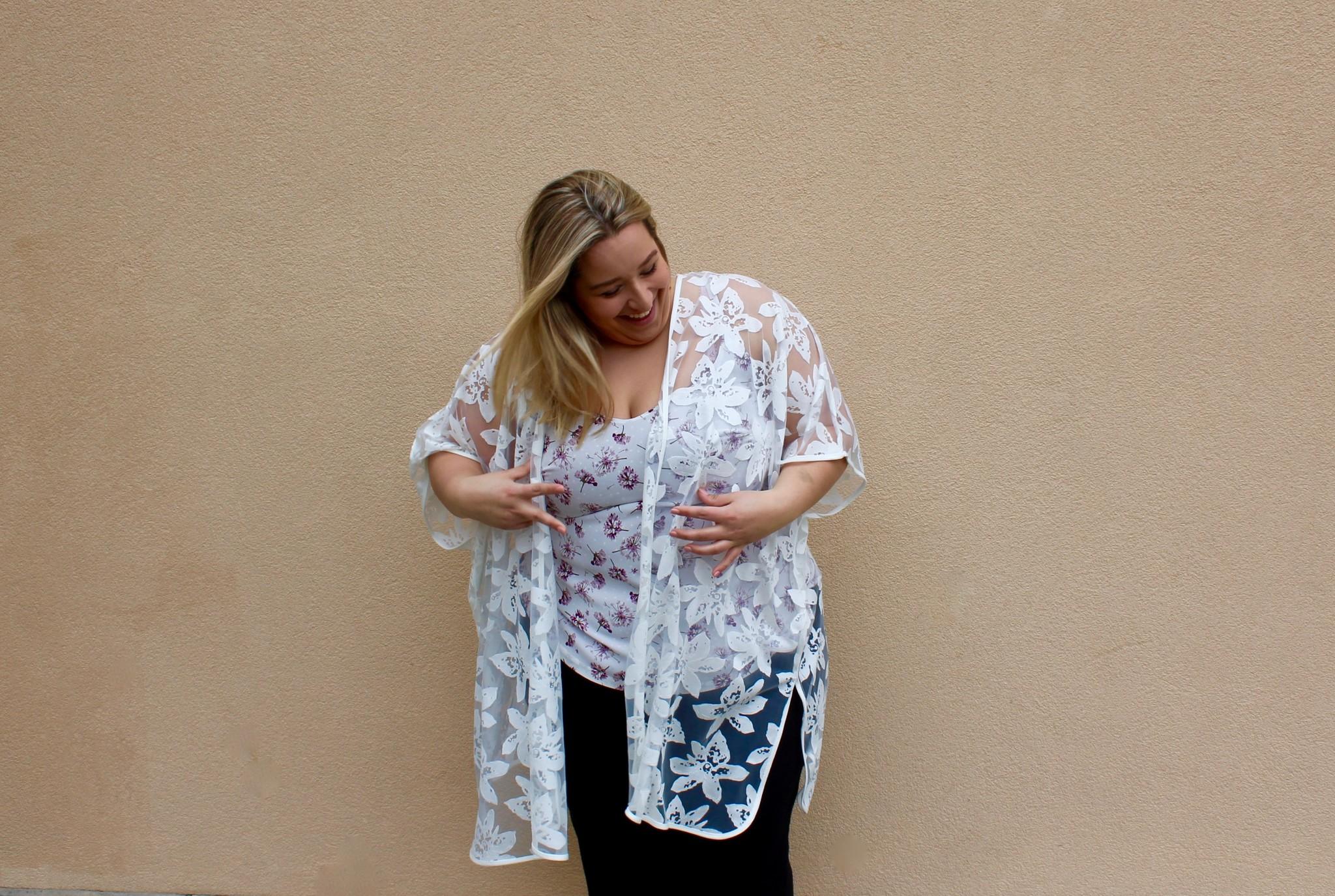 Dex Dex + Lace Kimono
