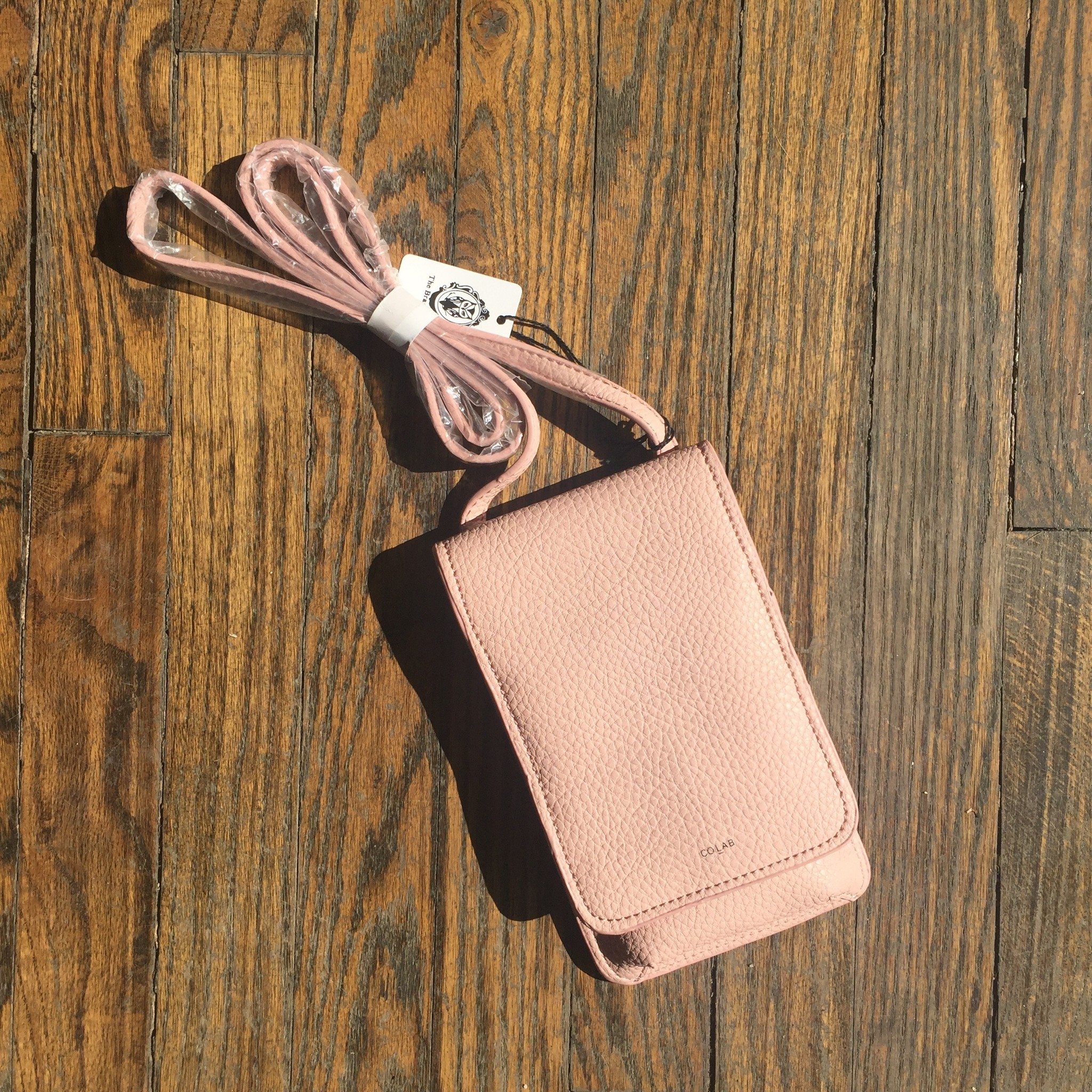 Colab PVC Phone Xbody - Cotton Candy