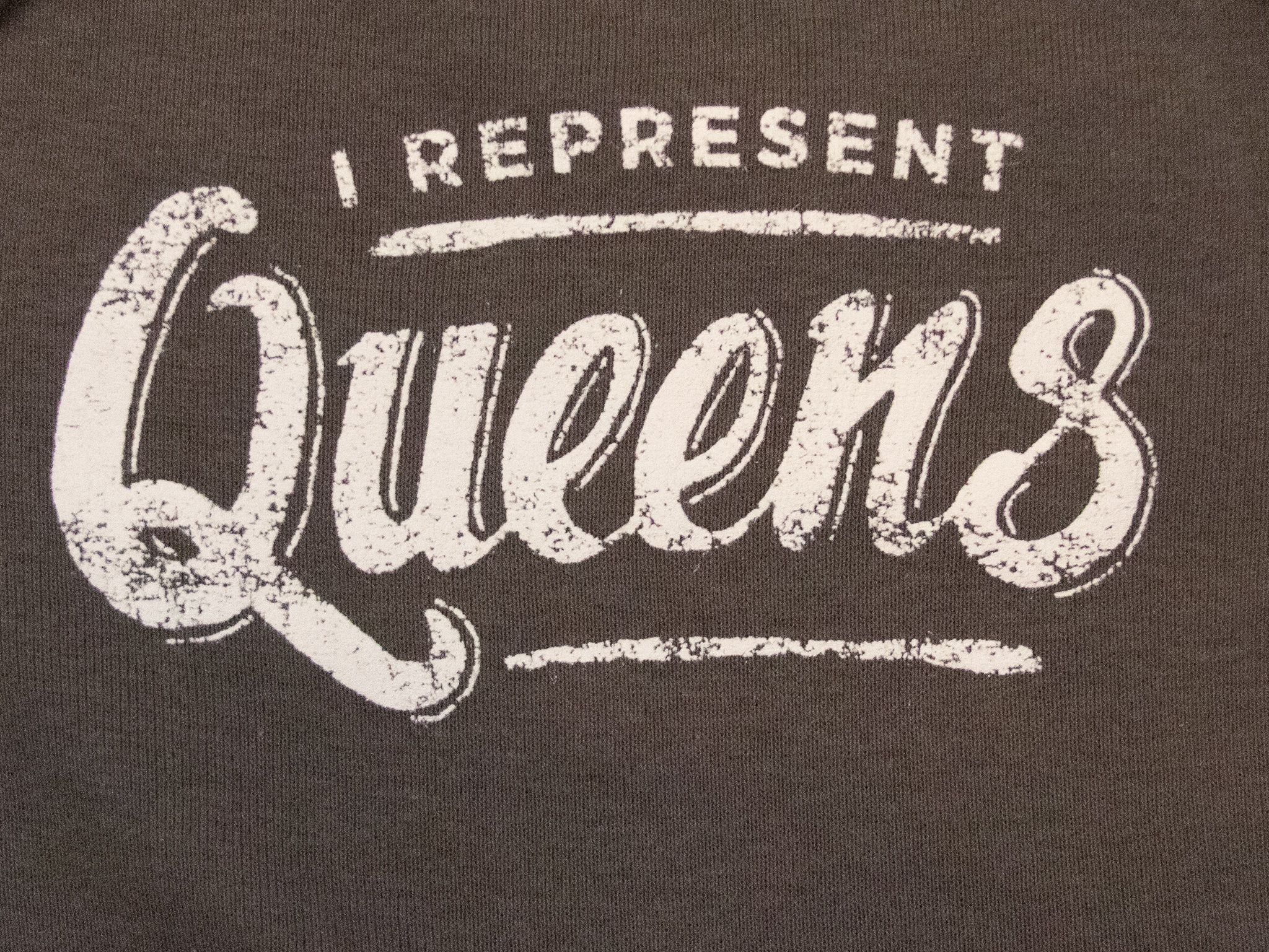 Design Brand Print Baby I Represent Queens - Charcoal