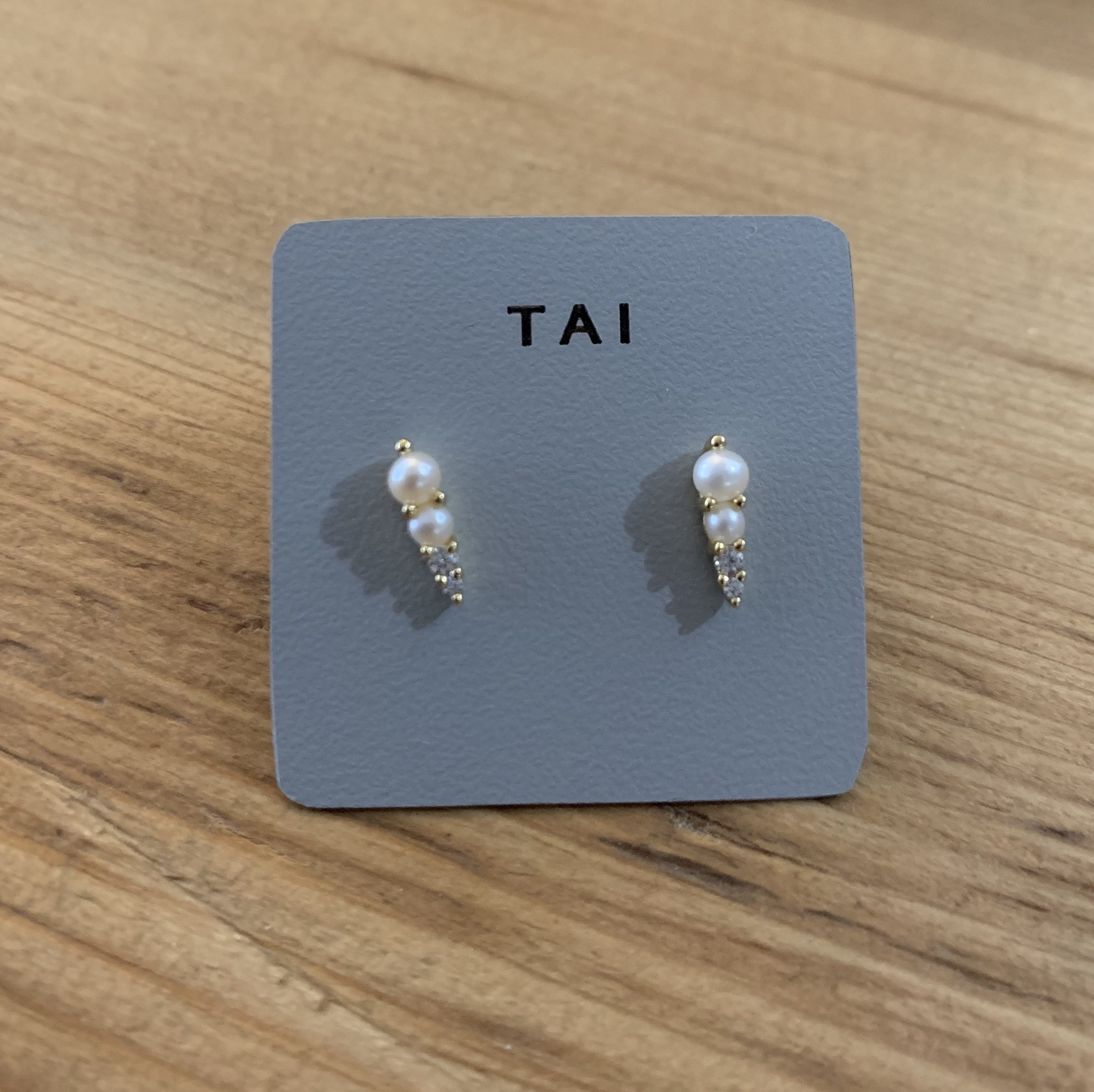 tai Gold Pearl and CZ Graduated Post Earring
