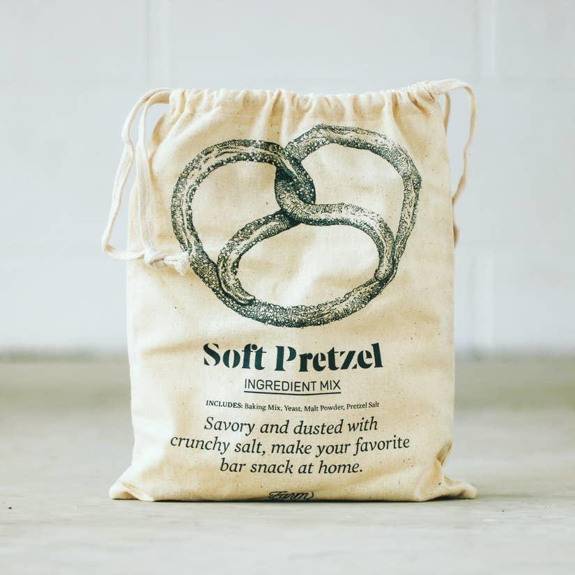 Brooklyn Brew Shop Soft Pretzel Making Kit