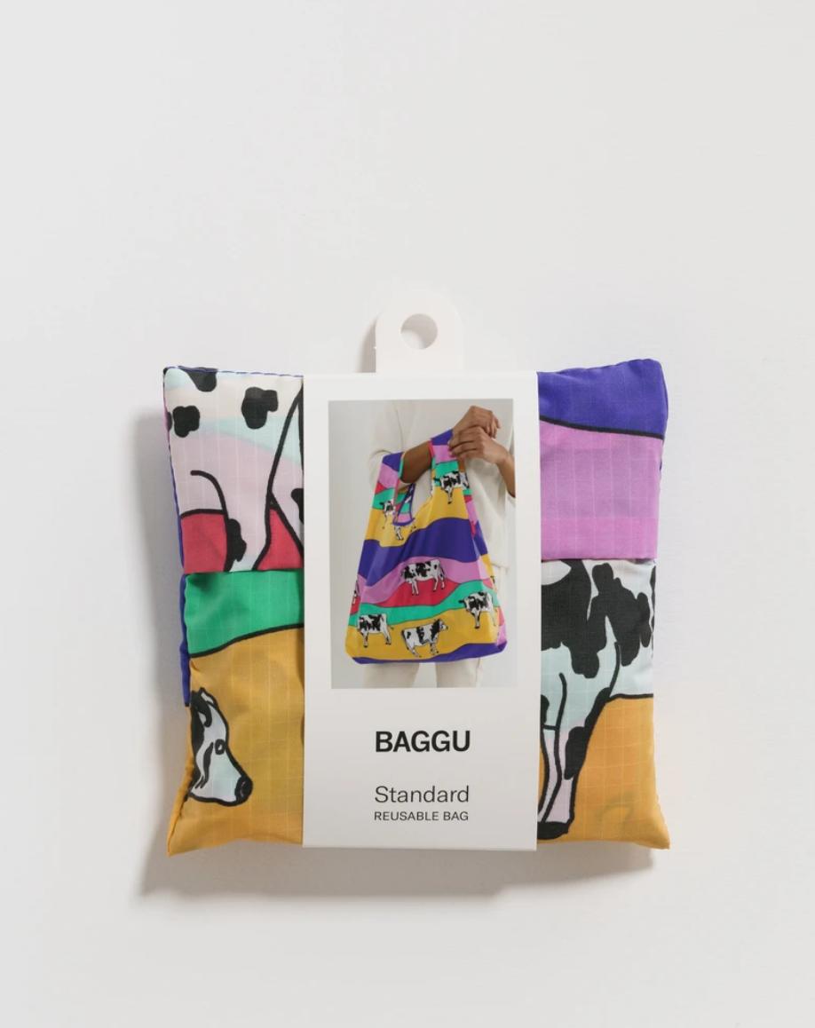 Baggu Standard Baggu - Grazing Cows