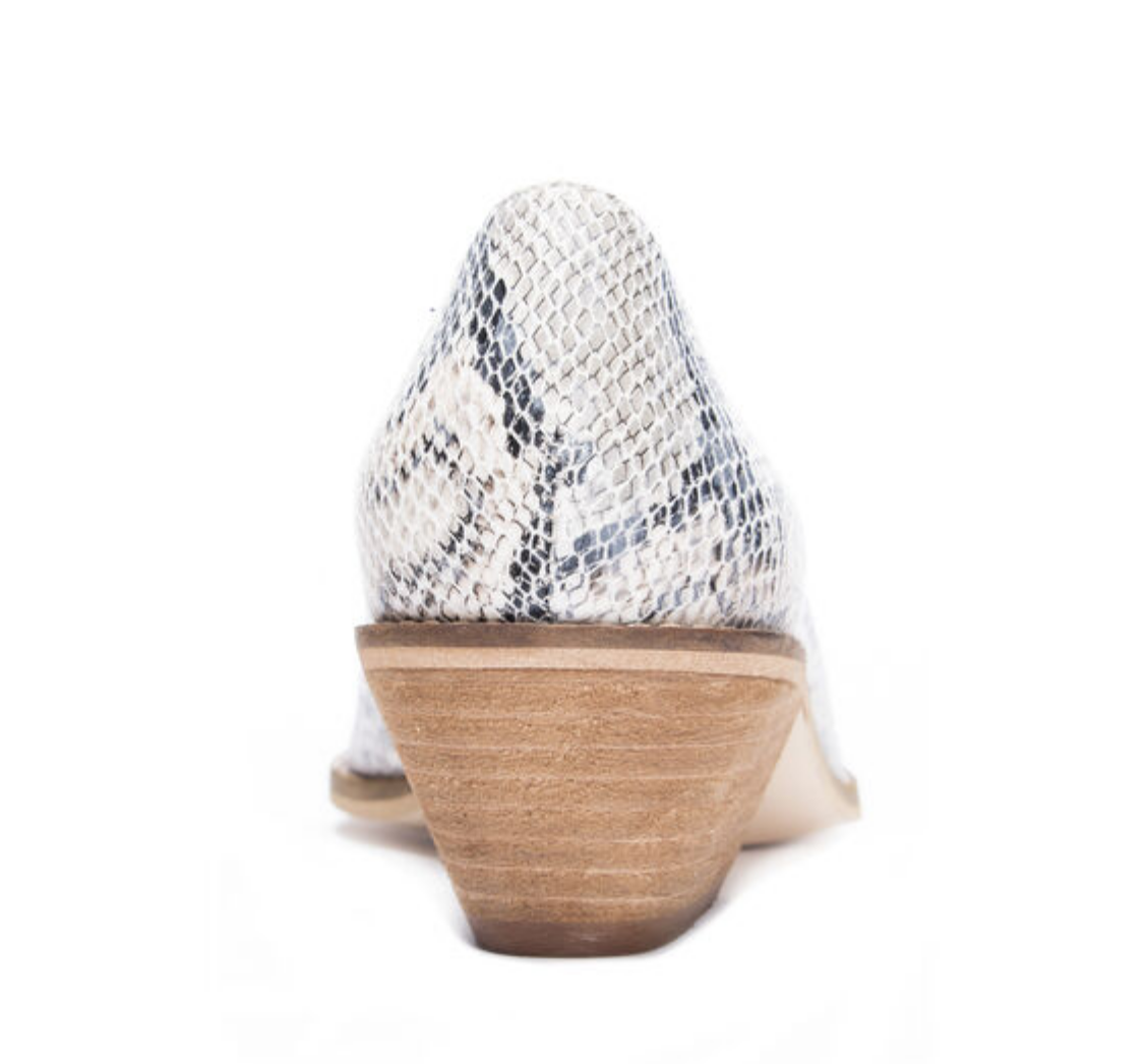 Chinese Laundry Matcha-Sunbleached Cream- FINAL SALE