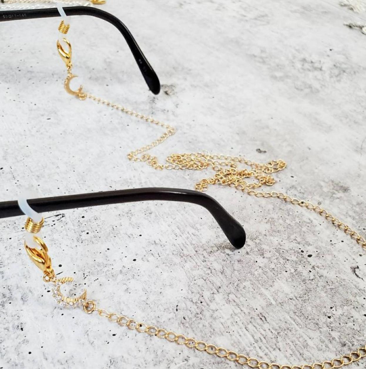 """Rockaway Gypsea 28"""" Glasses/Mask Chain - Fishbone Gold"""