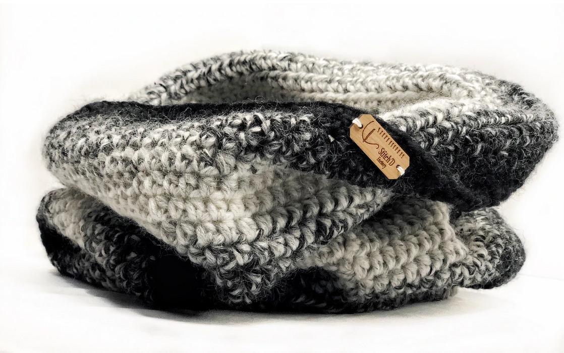 Stitch'D Factory Fall For NYC Cowl- Black Ombre
