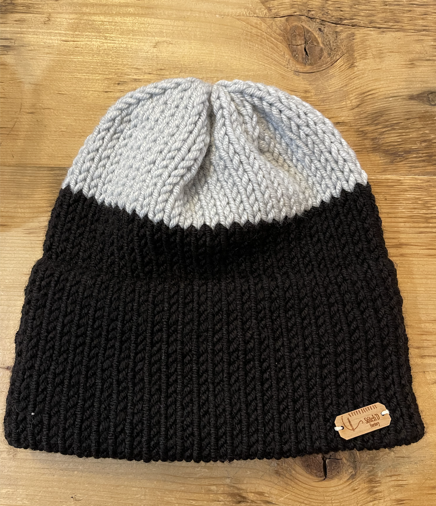 Stitch'D Factory Bac N Brooklyn Beanie-Grey/Black
