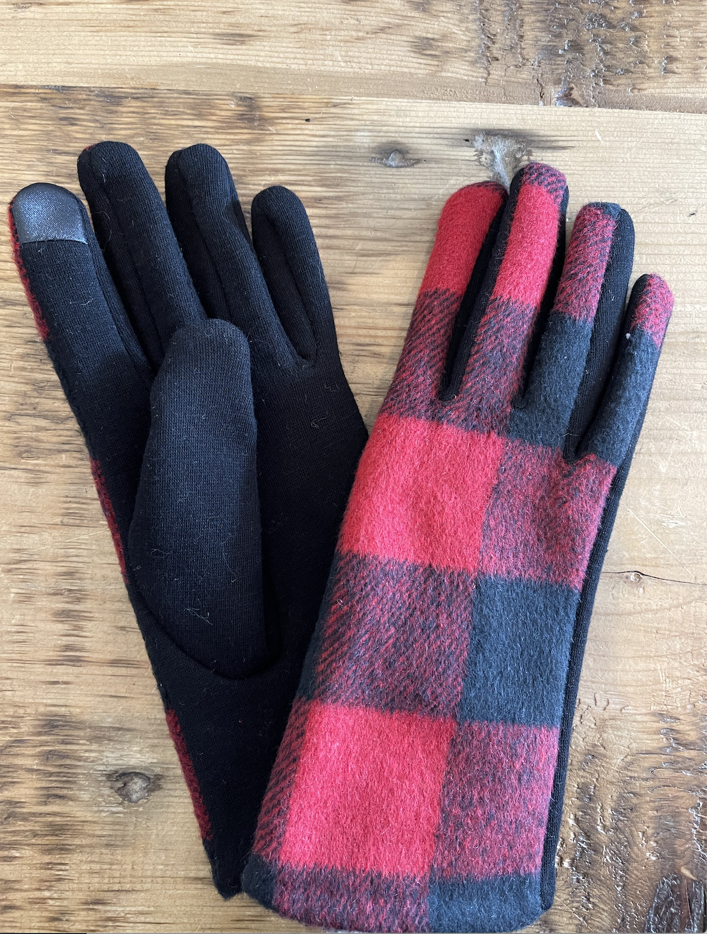 David & Young Buffalo Plaid Gloves - Red-FINAL SALE