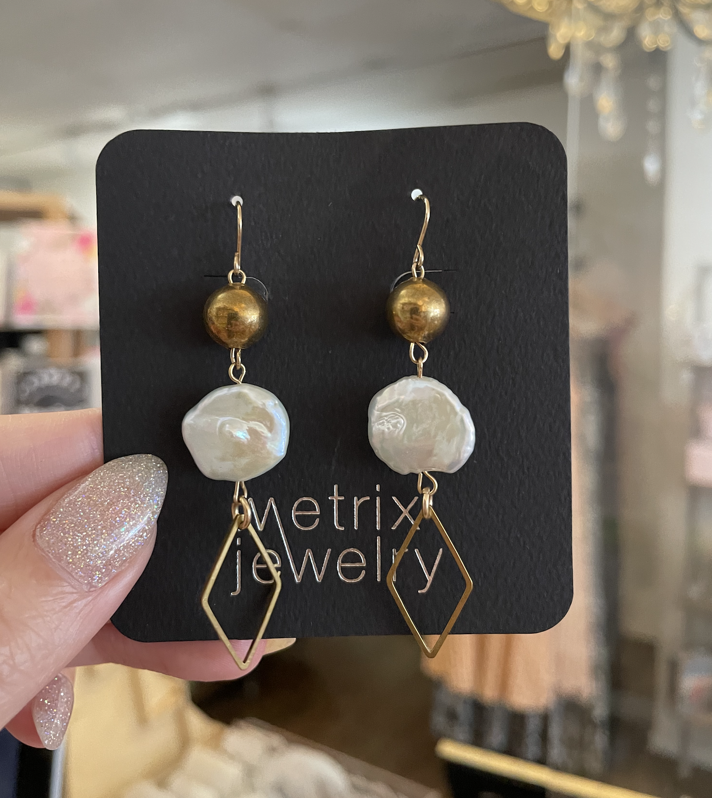 Metrix Jewelry Caroline Pearl Earrings