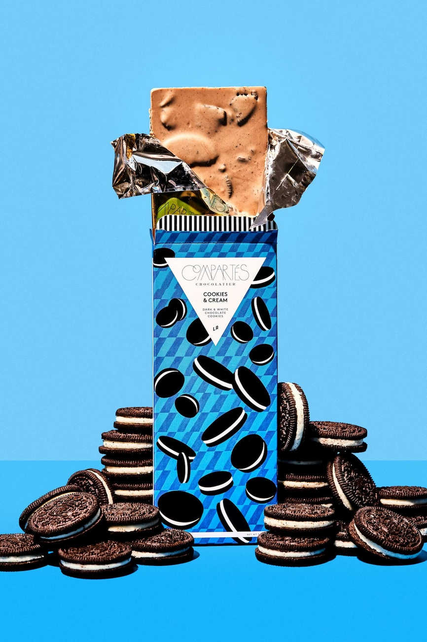 Compartes Chocolate Cookies and Cream Oreo Cookie Chocolate Bar
