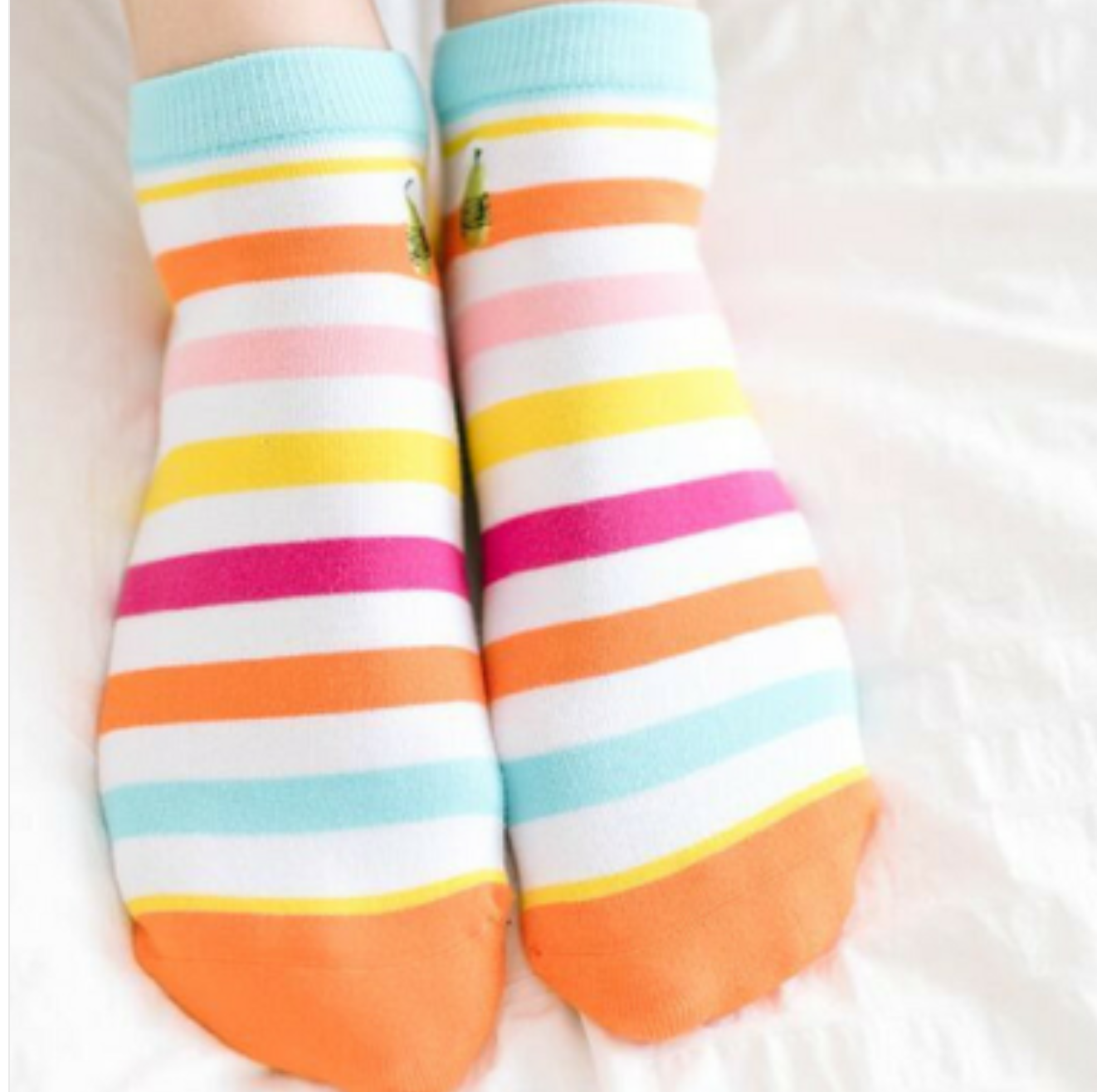 Woven Pear Beach Stripe Shorty Socks