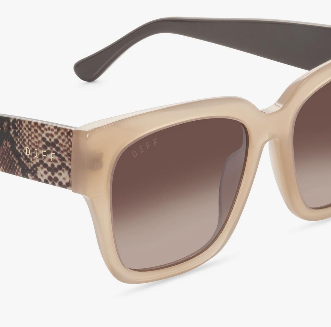 Diff Eyewear bella ii - rustique w/ sea snake + brown gradient lens