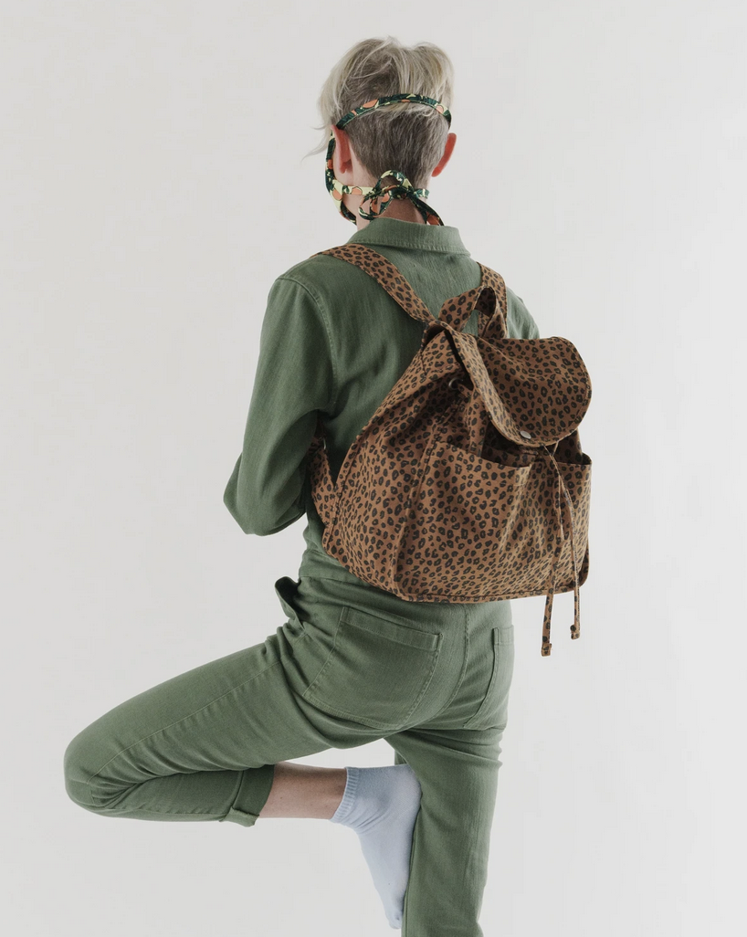 Baggu Drawstring Backpack - Nutmeg Leopard