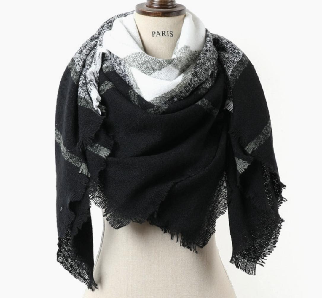 ePretty Black/White/Green Plaid Blanket Scarf