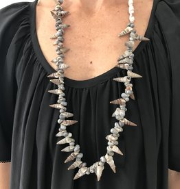 WelcomeShoppe Welcome Shoppe Vintage Shell Necklace