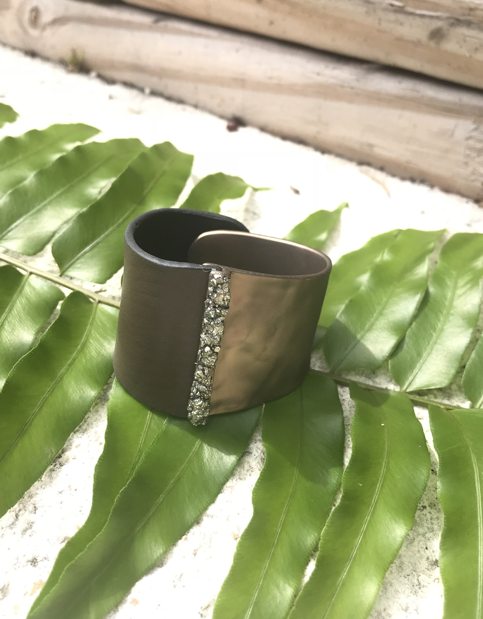 Marly Moretti Marly M Brass/Leather Cuff