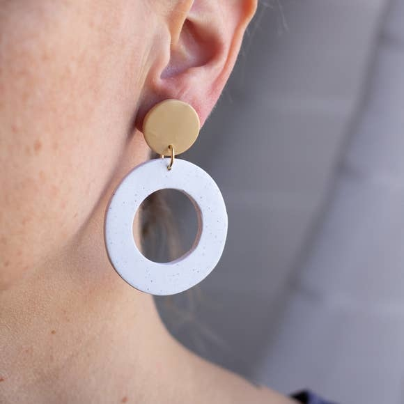 Sigfus Designs Hoop Earrings White/Beige SD