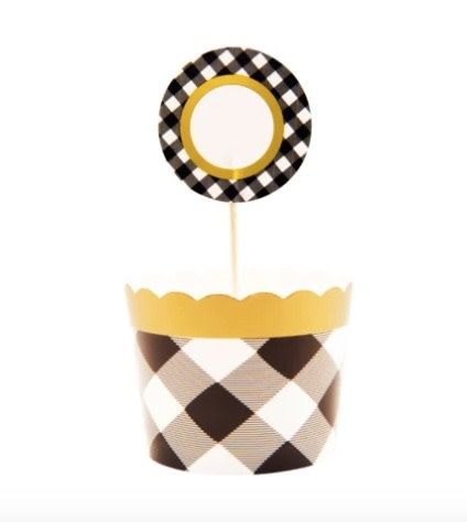 Sophistiplate black buffalo baking cups and toppers