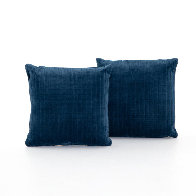 "Bly Velvet Pillow 20""- Navy"