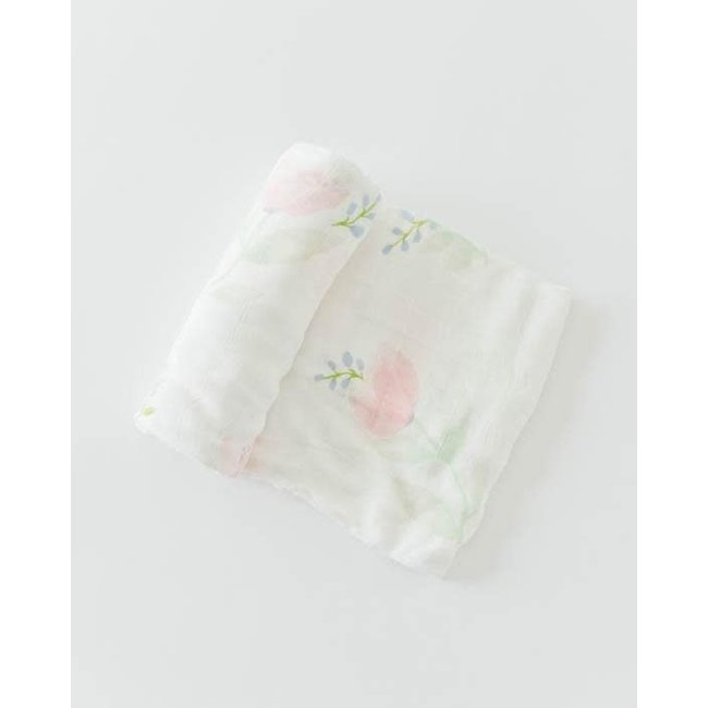 Deluxe Muslin pink peony swaddle