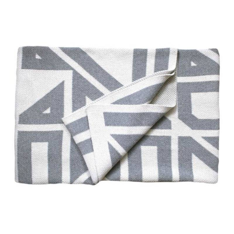 Savannah Hayes Milas Throw Blanket Blanc