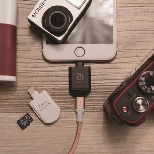 Adam Elements Adam Elements iKlips miReader 4k MicroSD card to Micro USB/Lightning Reader Black
