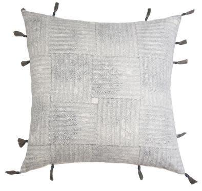 Magnolia Marine Pillow 22x22