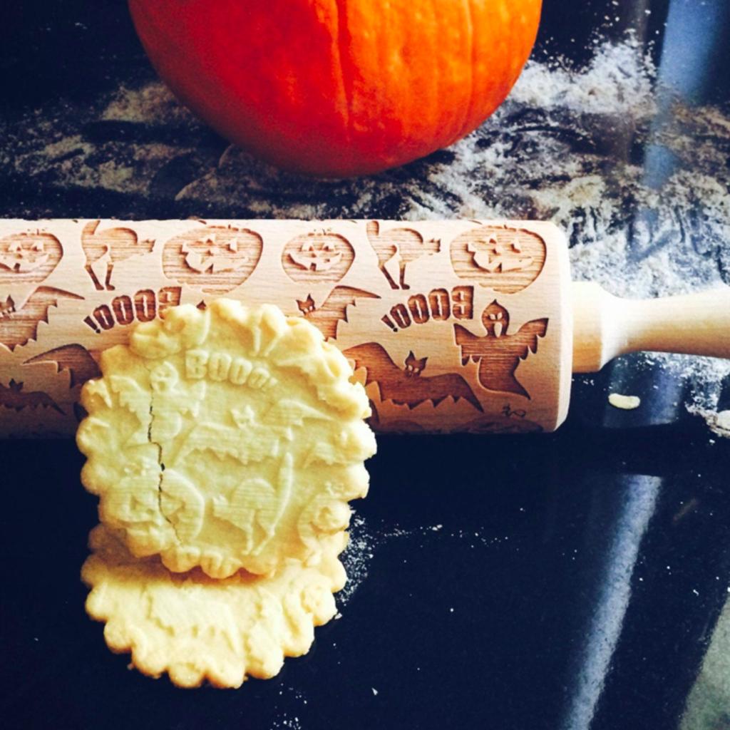 GoodyWoody Embossed Rolling Pin - Halloween Ghost