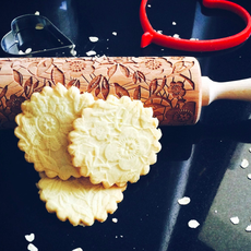 GoodyWoody Embossed Rolling Pin - Flowers