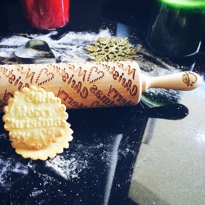 GoodyWoody Embossed Rolling Pin - Merry Christmas