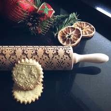 GoodyWoody Embossed Rolling Pin - Reindeers Sweater