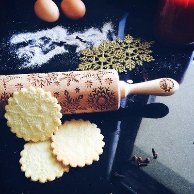 GoodyWoody Embossed Rolling Pin - Snowflakes