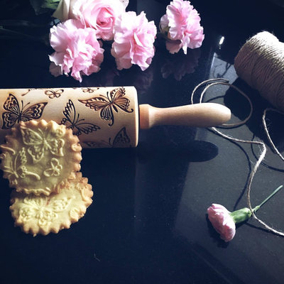 GoodyWoody Embossed Rolling Pin - Butterflies