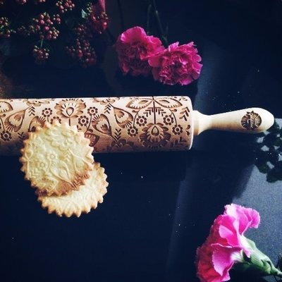 GoodyWoody Embossed Rolling Pin - Folk Flowers