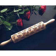 GoodyWoody Embossed Rolling Pin - Roses