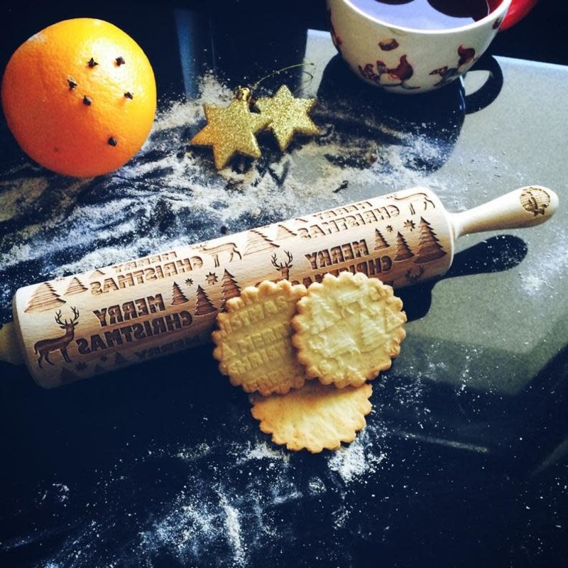 GoodyWoody Embossed Rolling Pin - Reindeer In the Forest
