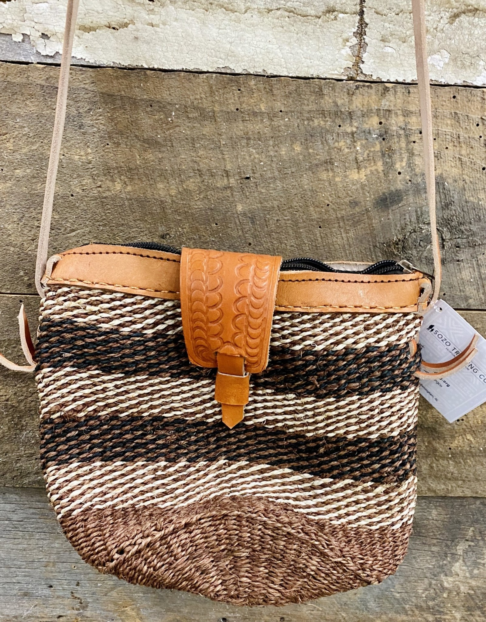 UG Woven Leather Purse