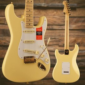 Fender Fender Limited Edition American Pro Stratocaster, Maple Neck, Vintage White w/ Gold HW SN/US18008272