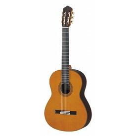 Yamaha Yamaha GC32C Handcrafted Cedar Classical Guitar W/Case
