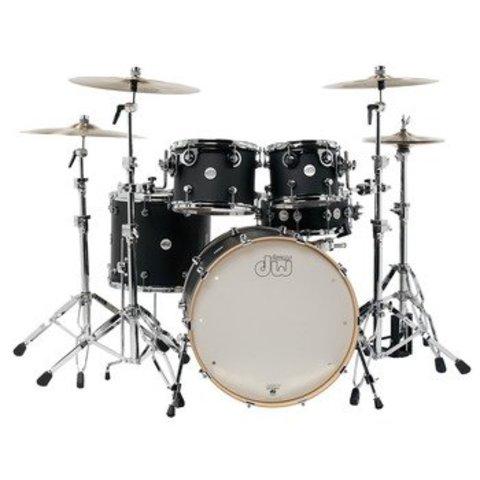 DW Drum Workshop Design Series 5 pc w/ 22'' Bass Drum Black Satin